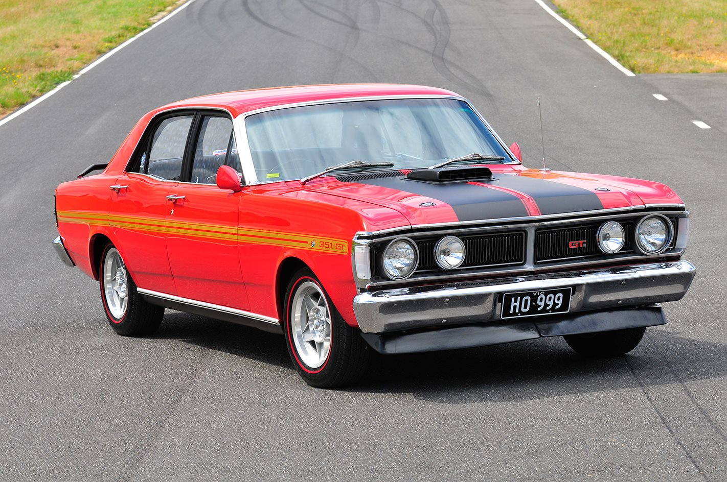 Ford-Falcon-XY-GT-HO-Phase-III